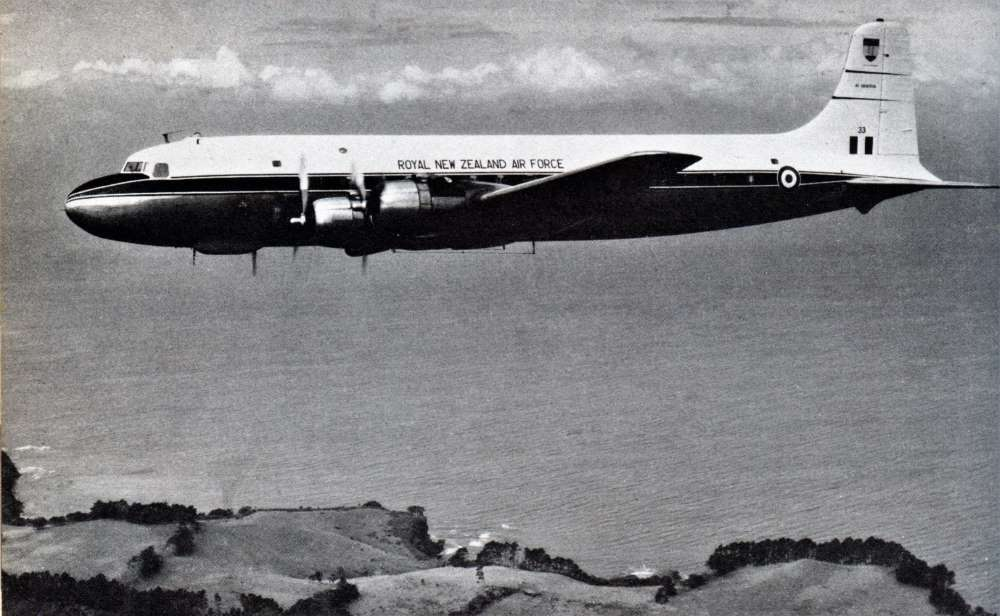 1961-64 RNZAF Douglas DC6 NZ3633 – Photo RNZAF