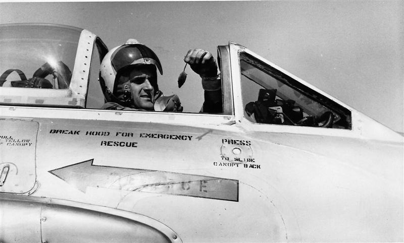 Fg Off Jim Barclay In Vampire FB5 NZ5770 With His 'Kill' 13 Feb 70 – RNZAF Photo G3 2791